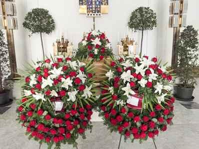 Trauerfloristik Blumen für Beerdigung Begräbnis Trauerfeier Beisetzung Urnenbeisetzung